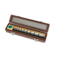 sada kovových koncových měrek na seřizování a kontrolu mikrometrů